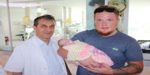"""""""Bebeğin Rehin Tutuldu"""" iddiasına hastaneden açıklama"""