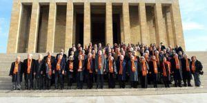 Galatasaray heyeti Anıtkabir'de