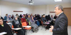 Darıca Belediyesi Bilgi Evleri veli toplantılarına başladı