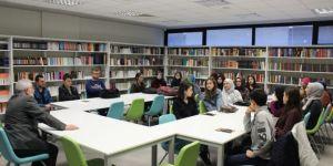 Yazarlık Okulu'nda geleceğin yazarlarına ilk ders zili çaldı