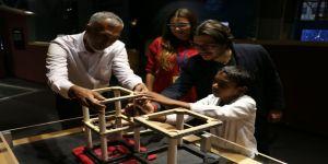 Maldivli bakan SEKA Kâğıt Müzesi'ni gezdi