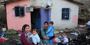 Evleri yanan aileye Ataşehir Belediyesi'nden yardım eli