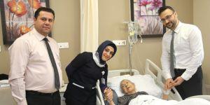 Kalçası kırılan 106 Yaşındaki Emine Nine deva buldu