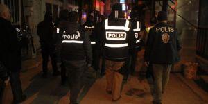 Elazığ'da Huzur 23  Uygulaması: Aranan 2 kişi yakalandı