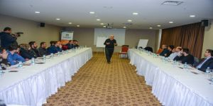 'Ekip çalışması ve liderlik' semineri