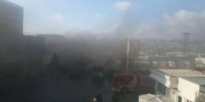 Avcılar'da E-5'i dumana boğan fabrika yangını