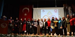 """""""Genç Nida""""lar İzmir'de yarıştı"""