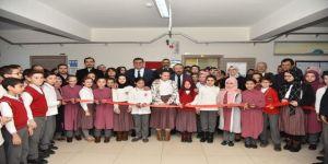 İbni Sina Ortaokulu'nun öğretmenler odası törenle açıldı