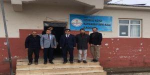 Müdür Durgun, sınırdaki okulları ziyaret etti