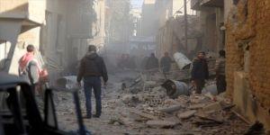 Esed,sivilleri vurmaya devam ediyor