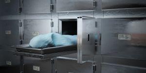 Öldü sanılan mahkum morgda 'canlandı'