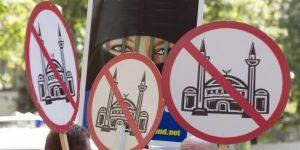 İsviçre'deki Müslümanların yüzde 82'si ayrımcılığa uğruyor