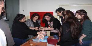 Sağlık personeline 'İleri Yaşam Desteği' eğitimi