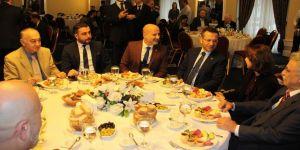 Vali Aksoy: Gazetecilik mesleği zor