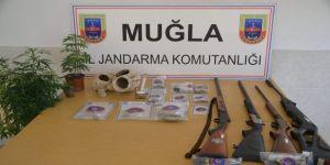 Muğla'da uyuşturucu serasına operasyon