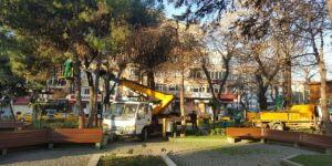 Parklarda bakım onarım çalışması