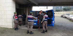 Terör örgütünü övücü paylaşımlarda bulunan 7 kişiye gözaltı