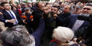 CHP'nin devir teslim töreninde arbede