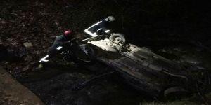 Denizli'de otomobil dereye düştü: 3 yaralı