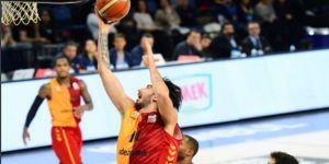 Efes, Galatasaray Odeabank'ı mağlup etti