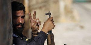 Muhalifler İdlib'de 16 köyü geri aldı