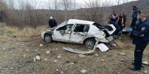 Cenaze yolunda korkunç kaza: 2 ölü, 3 yaralı