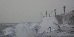 Kuvvetli rüzgar ve fırtına bekleniyor