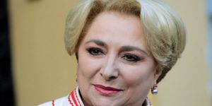 Romanya'da ilk kadın Başbakan oldu!
