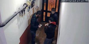 Apartman girişinde uyuşturucu alışverişi!