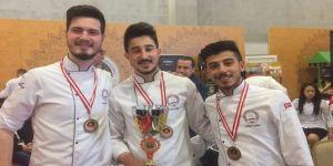Aşçılık öğrencileri Türkiye üçüncüsü oldular