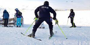 Kayaklı emniyet!