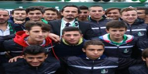 Eski Milli Futbolcu Tuncay Şanlı, gençlerle tecrübelerini paylaştı
