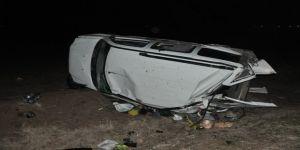 Takla atan araçta 8 kişi yaralandı