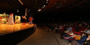 Büyükşehir'den iki güzel tiyatro