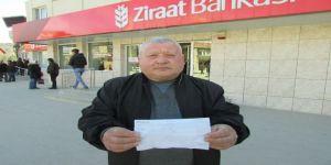 İki aylık emekli maaşını Mehmetcik'e bağışladı