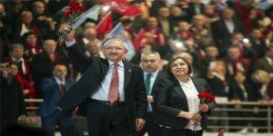 CHP Kurultayı salonunda şok protesto!