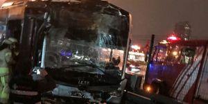 Metrobüs durağında kaza ! 22 Yaralı
