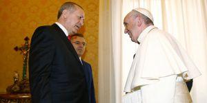 Erdoğan'dan Papa'ya hediye