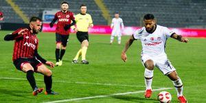 Beşiktaş yarı finalde