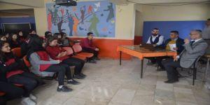 Öğrencilere sigaranın zararları anlatıldı