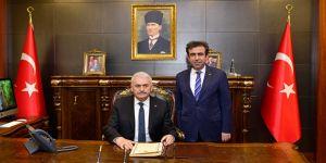 Başbakan, Diyarbakır Valiliğini ziyaret etti
