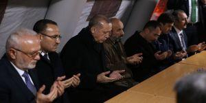 Erdoğan, şehit ailesini ziyaret etti