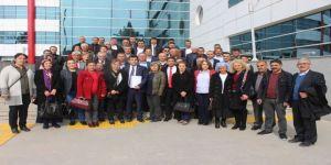 CHP il Başkanı Çakmak mazbatasını aldı