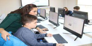 Çocuk Teknoloji Evi'nde 192 çocuk daha eğitime başladı