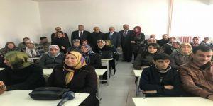 'Ana Kız Okuldayız' projesi