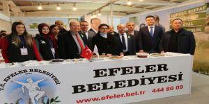 Başkan Özakcan, Aydın Tarım Gıda ve Hayvancılık Fuarı'nı ziyaret etti