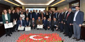 """OMÜ'de 27 akademisyenin """"profesörlük"""" heyecanı"""