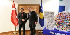 Davutoğlu'nun Kosova temasları