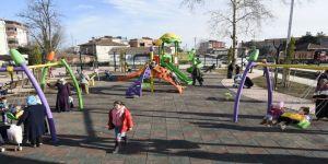 Tekkeköy'de parklar cıvıl cıvıl