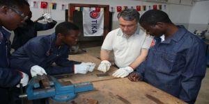 TİKA, Türkiye'nin mesleki eğitim tecrübelerini Mozambik'e aktarıyor